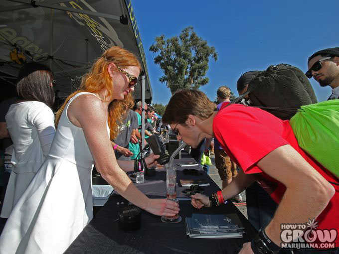 Free Samples at a Cannabis Cup in California