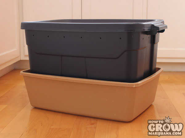 A Homemade Worm Bin can be a Simple, Clean, Indoor Composting Solution